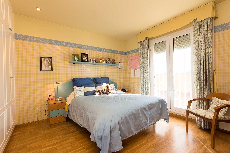 Dormitorio de ático en venta en Roger de Lluria, Barcelona