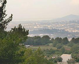 Bebaubares 55.000 m2 Grundstück zum Verkauf in Can Furnet, Ibiza