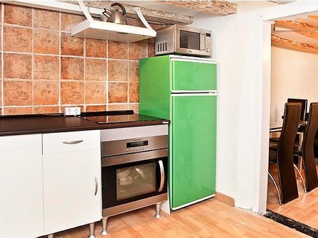 Встроенная кухня квартиры в аренду в Равале