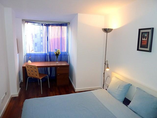 Habitación individual de precioso apartamento en alquiler en Barcelona