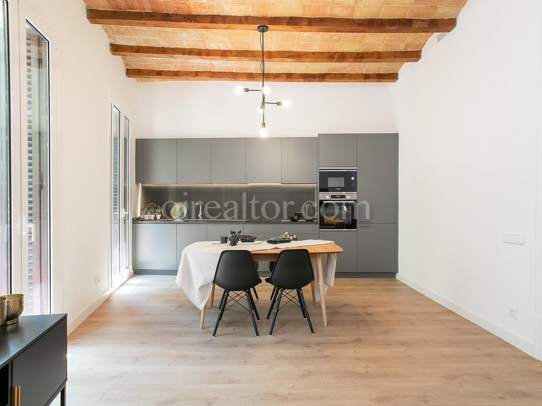 Продается квартира в Эшампле Деречо, Барселона.