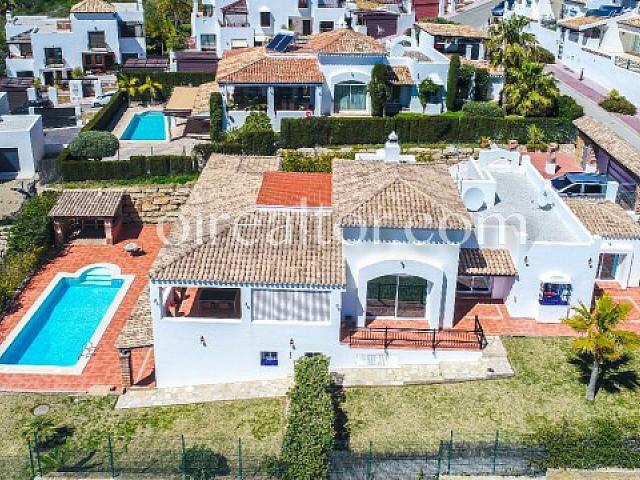 Villa For Sale In Benalmádena Pueblo, Benalmádena, Málaga