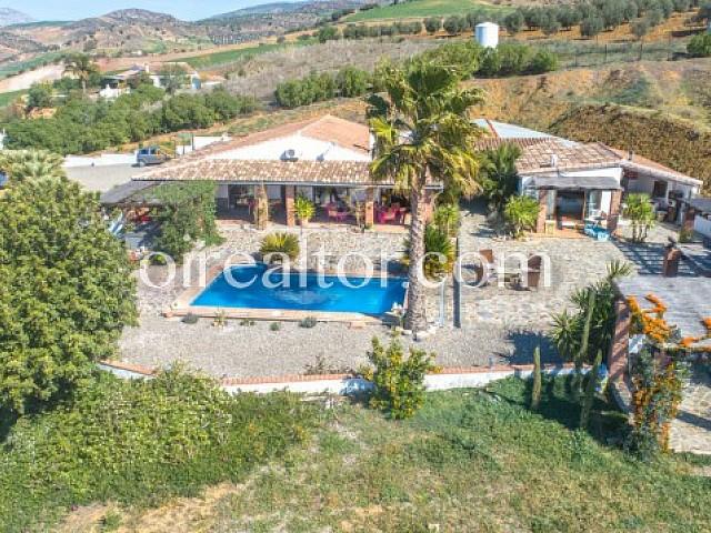 Rustikales Haus zum Verkauf in Álora, Málaga