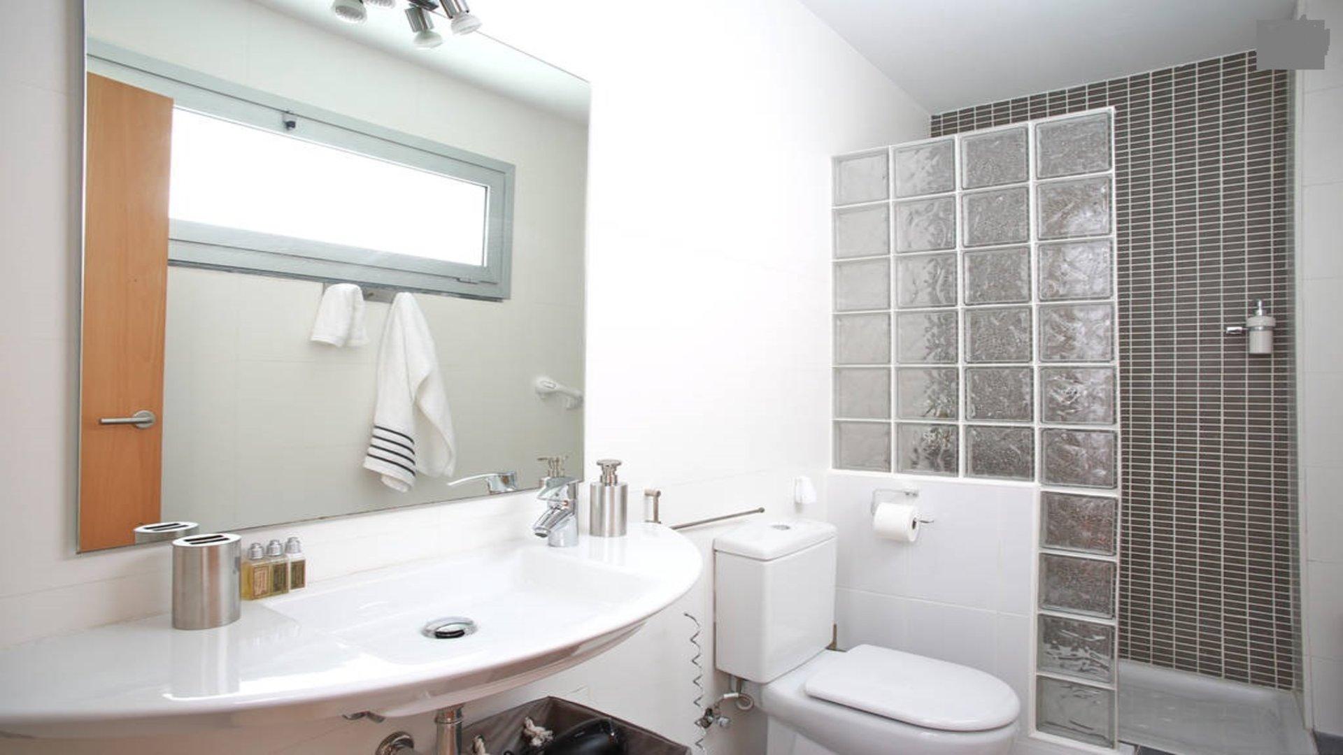 Продается квартира в Эль Готико, Барселона