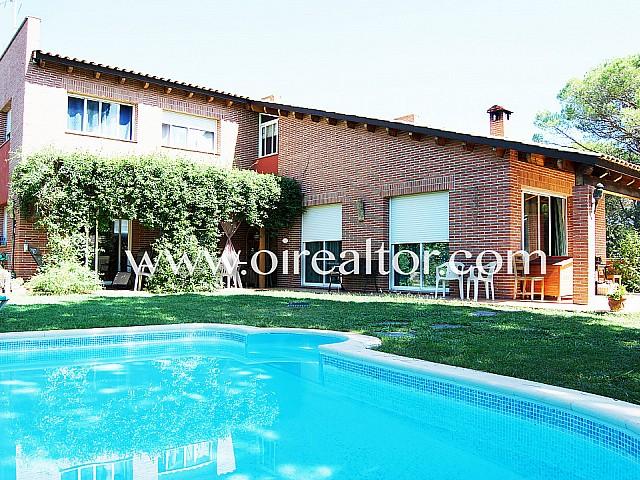 Casa indipendente di charme in vendita nel complesso residenziale