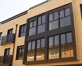 Edificio de apartamentos turísticos con licencia turística en Gracia