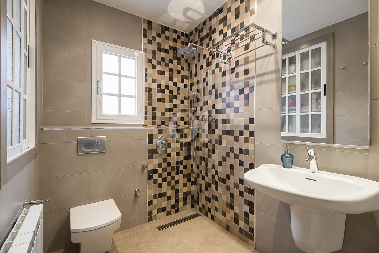 Ванная комната дома на продажу в Премья де Далт