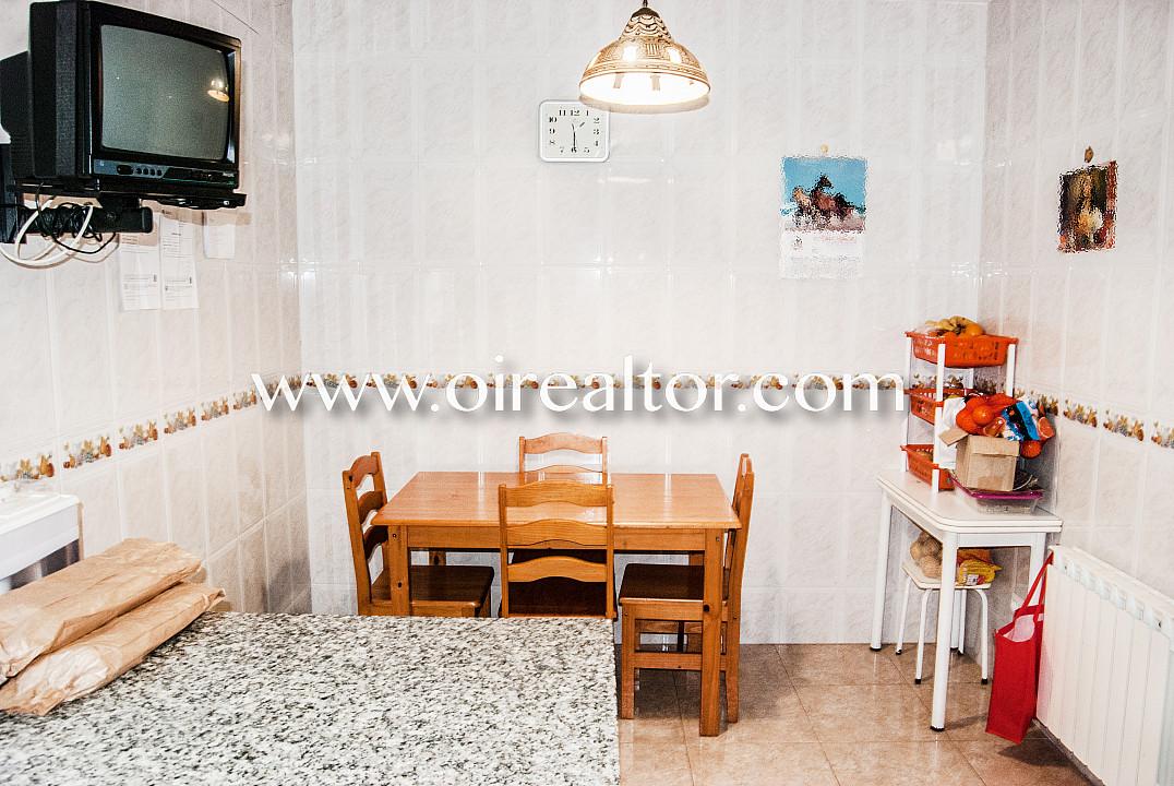 Продается дом в 5 минутах от пляжа в Льорет-де-Мар