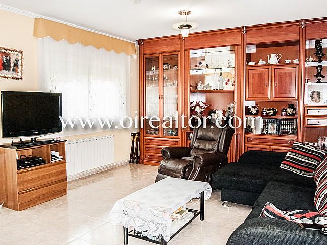 خانه برای فروش 5 دقیقه از ساحل در Lloret de Mar