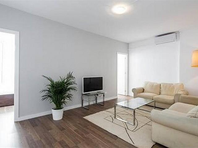 Appartement te huur in Camp de l'Arpa del Clot, Barcelona