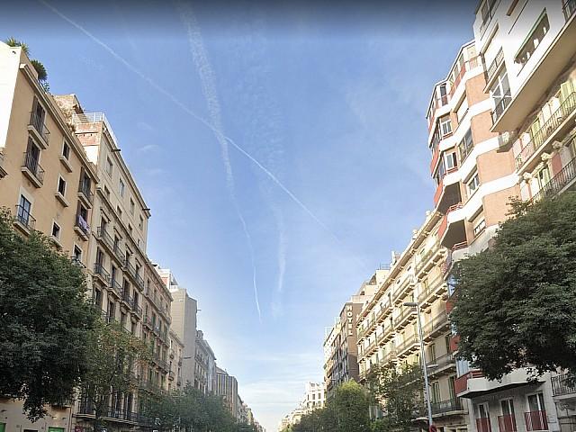 Здание на продажу в Эшампле Деречо, Барселона.