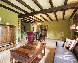 Preciosa casa en venta en la montaña de Òrrius, Maresme