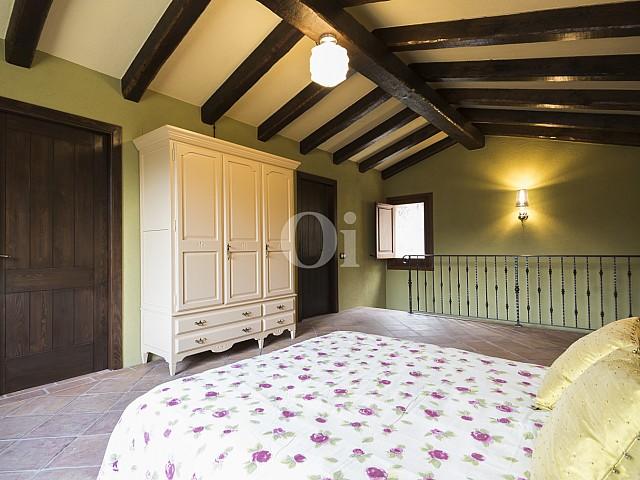 Шикарная спальня дома на продажу в Орриус