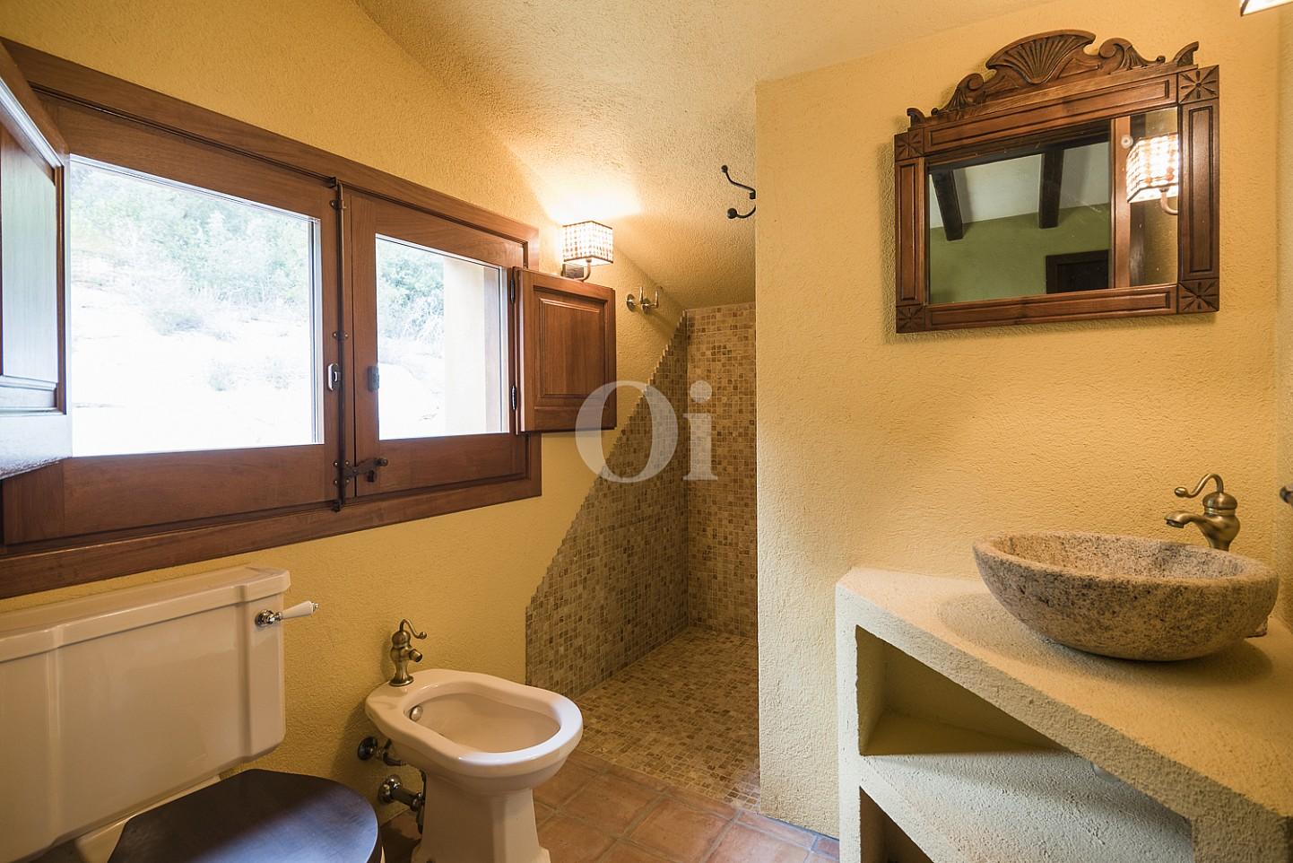 Ванная комната дома на продажу в Орриус