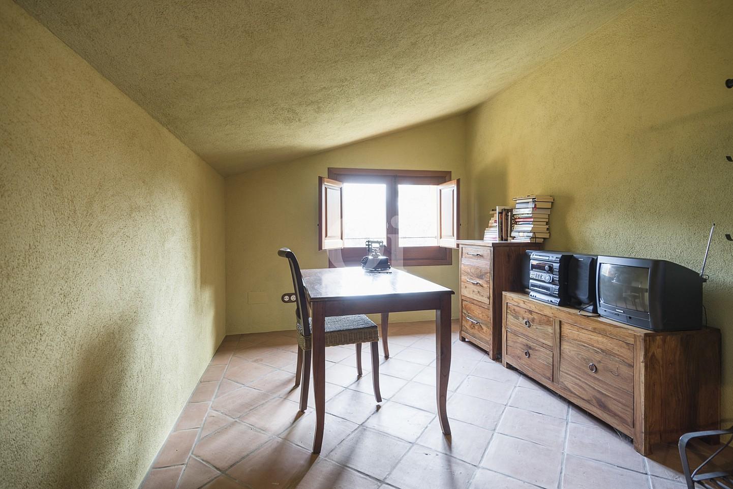 Комната-мансарда дома на продажу в Орриус