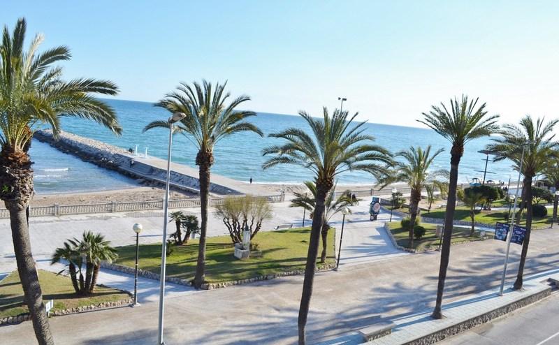 Vistas al Paseo Marítimo de Sitges