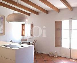 Cálido y reformado apartamento en venta en Ibiza