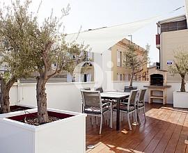 Wunderschönes Haus zum Verkauf in Poblenou, Barcelona