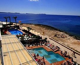 Complex d'apartaments i Beach Club a Sant Antoni, Eivissa