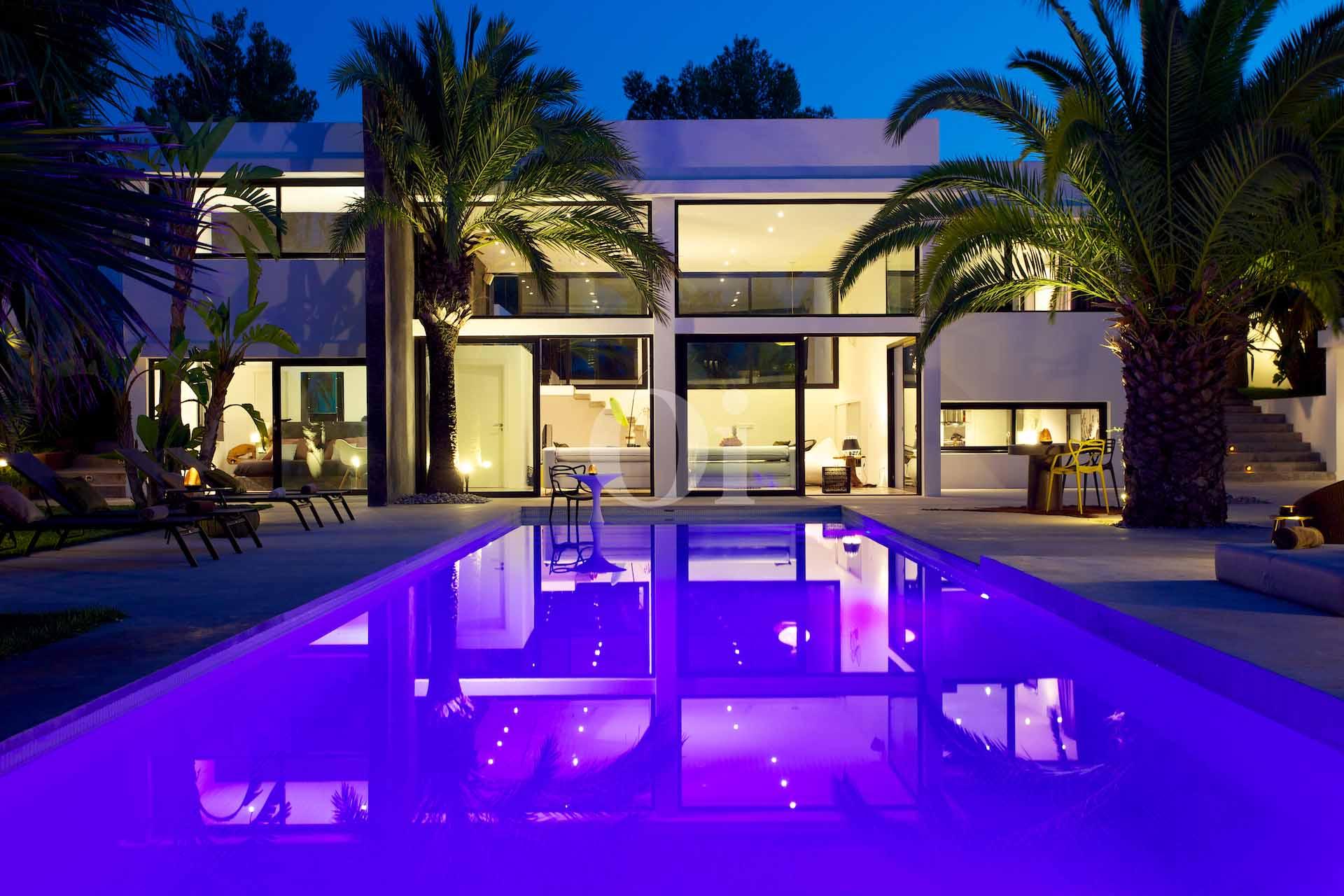 Buena iluminación de la casa