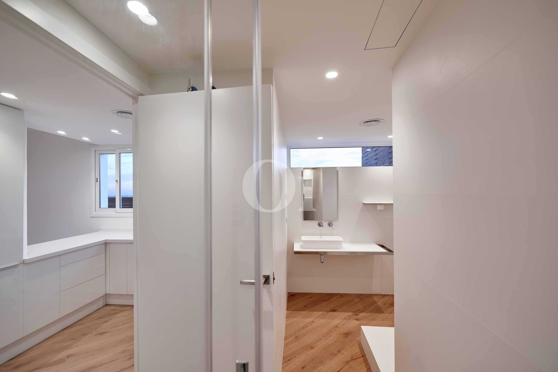 Vistas interiores del baño