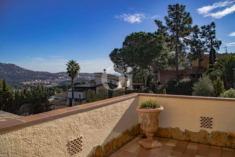 Gran terrassa amb bones vistes
