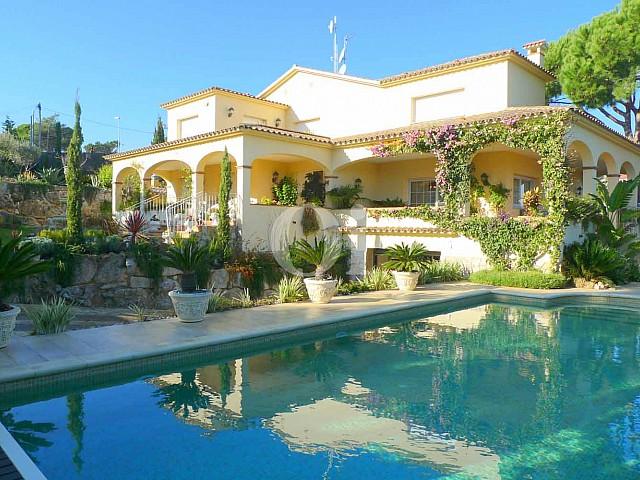 Preciosa vila amb vistes al mar a Lloret de Mar, Costa Brava