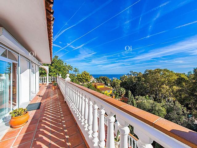 Villa in vendita con vista sul mare a Torrenueva, Mijas