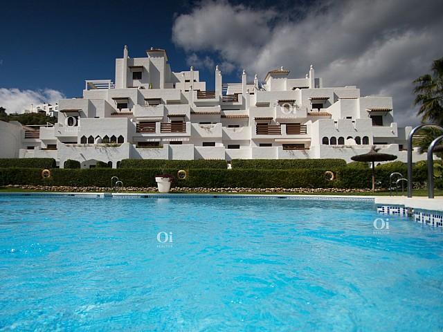 Продается квартира в Урб. Golf Hills, Selwo, Эстепона.