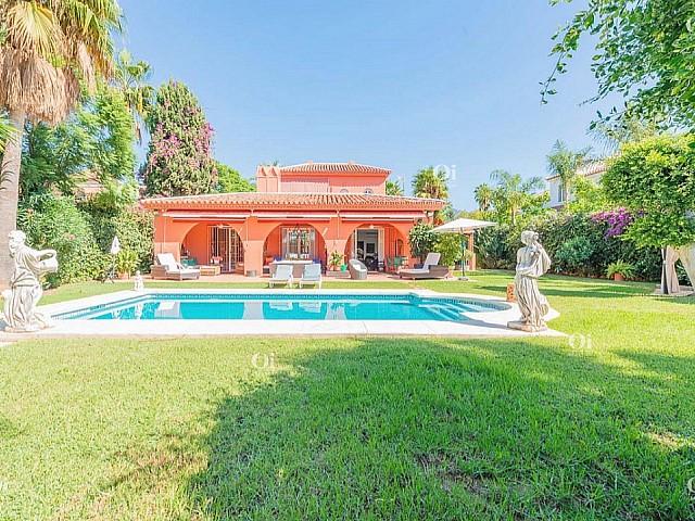 出售别墅努埃瓦安达卢西亚,马尔韦利亚-马拉加