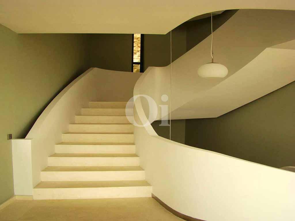 Accés als pisos superiors