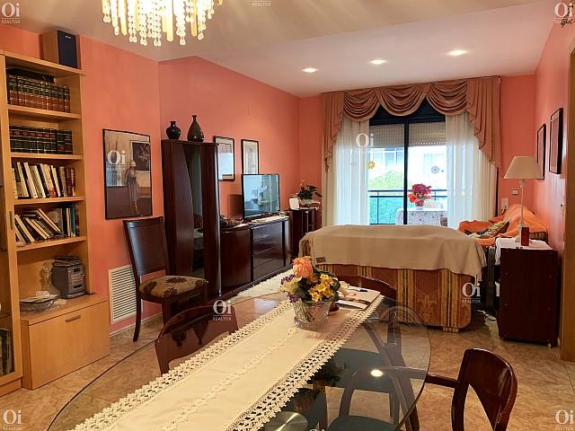 شقة ممتازة للبيع في توسا دي مار