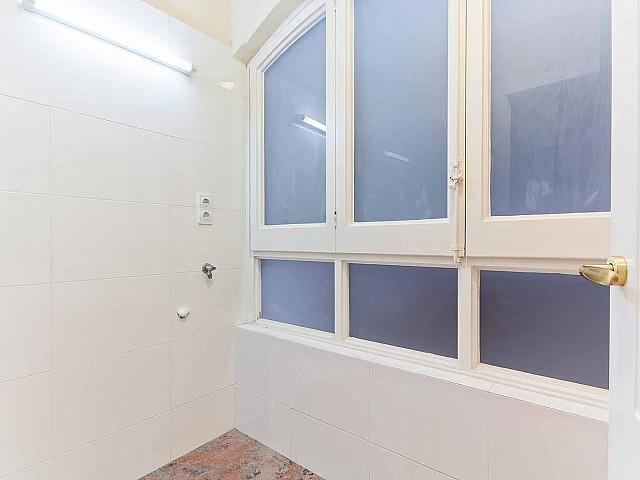 Heller Wohnraum in renovierter Wohnung in Fort Pienc zu verkaufen