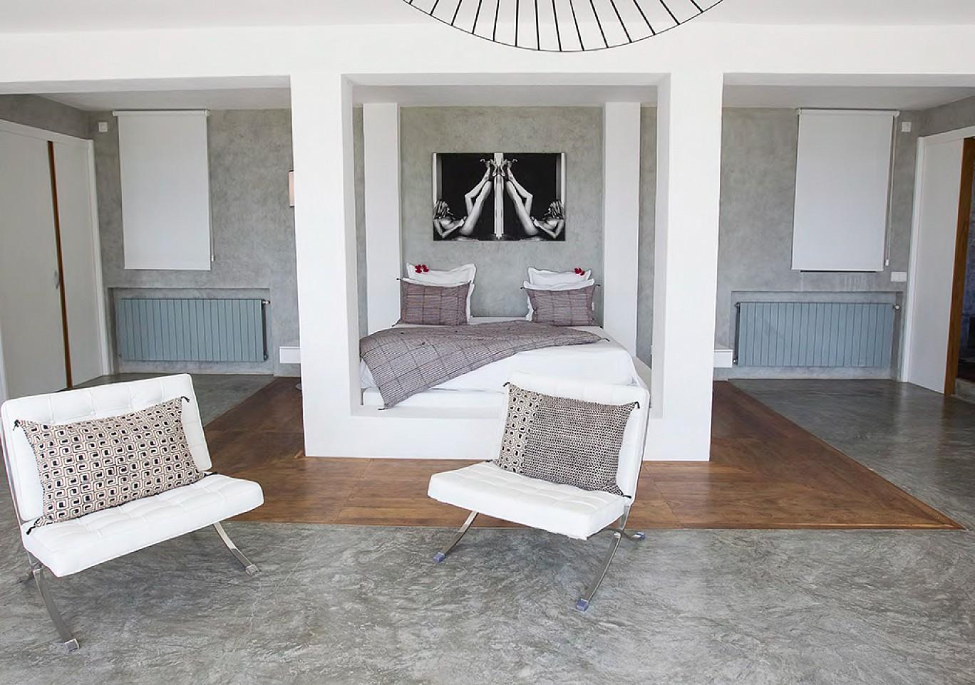 Gran dormitorio 1
