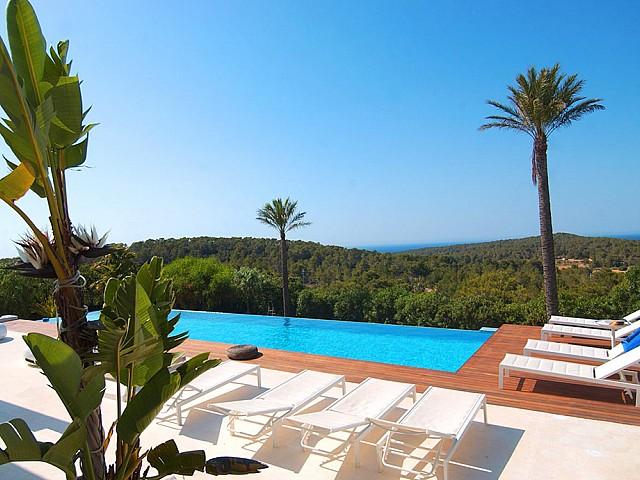 Magnífica vila d'estil eivissenc en lloguer a San José, Eivissa