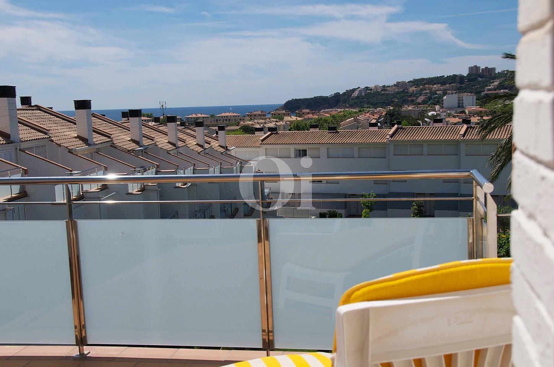 Виды на море таунхауса на продажу в Сагаро