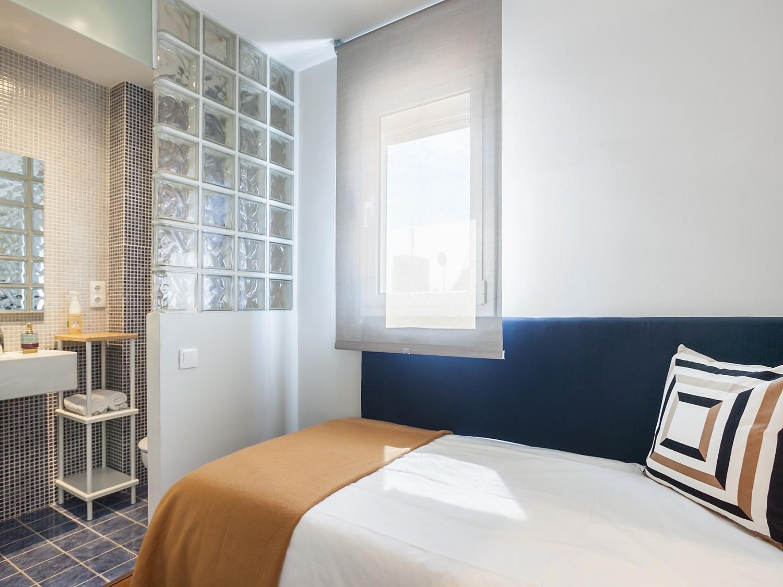 Продается квартира в La Nova Esquerra de l'Eixample, Барселона.