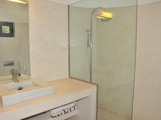 Ванная комната виллы в аренду в Сан Рафаэль