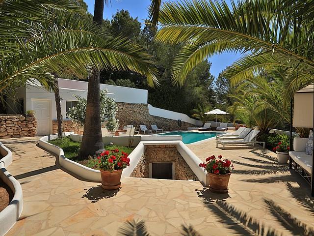 Ухоженный сад дома в аренду в Санта Жертрудис