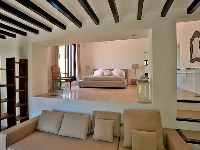 Уютная спальня дома в аренду в Санта Жертрудис