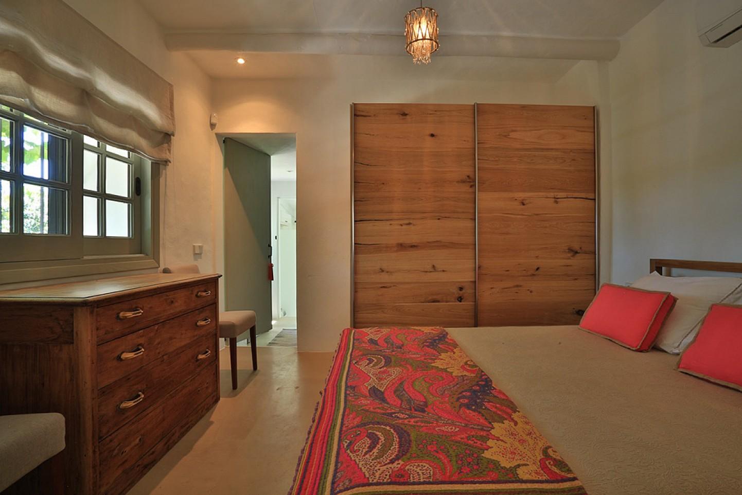 Просторная спальня дома в аренду в Санта Жертрудис
