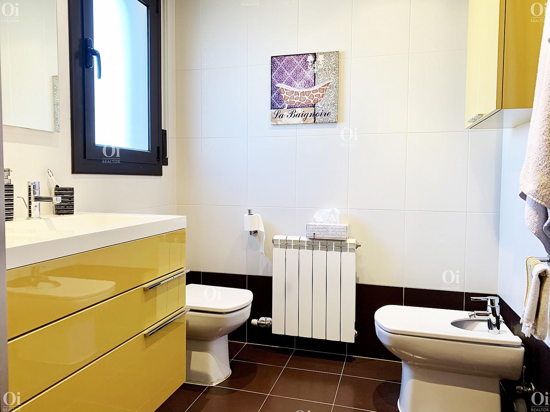 Продается очаровательный дом в Палафолле, Барселона