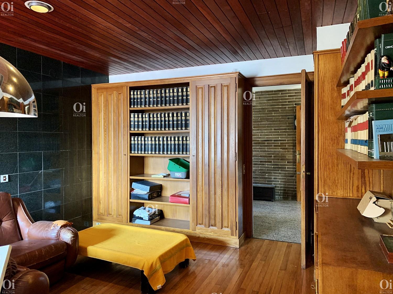Продаётся очаровательная вилла в Солт Жироне или участок под застройку около 2200м2.