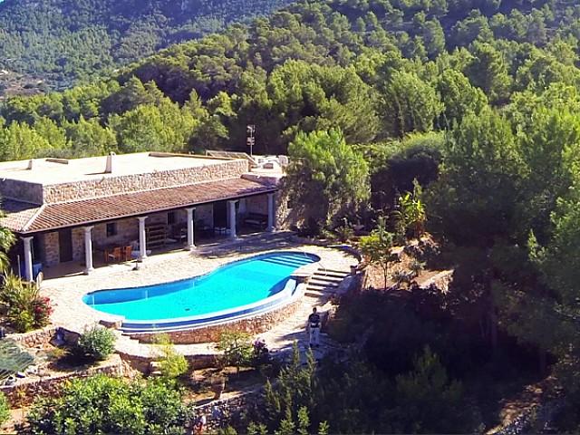 Casa rústica eivissenca en lloguer a prop de San José, Eivissa