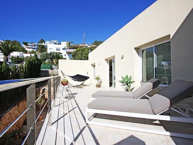 Шикарная терраса дома в аренду в Марина Ботафок