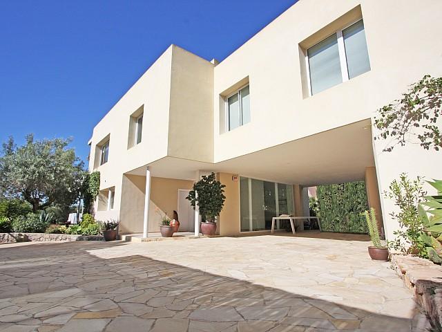 Шикарный дом дома в аренду в Марина Ботафок