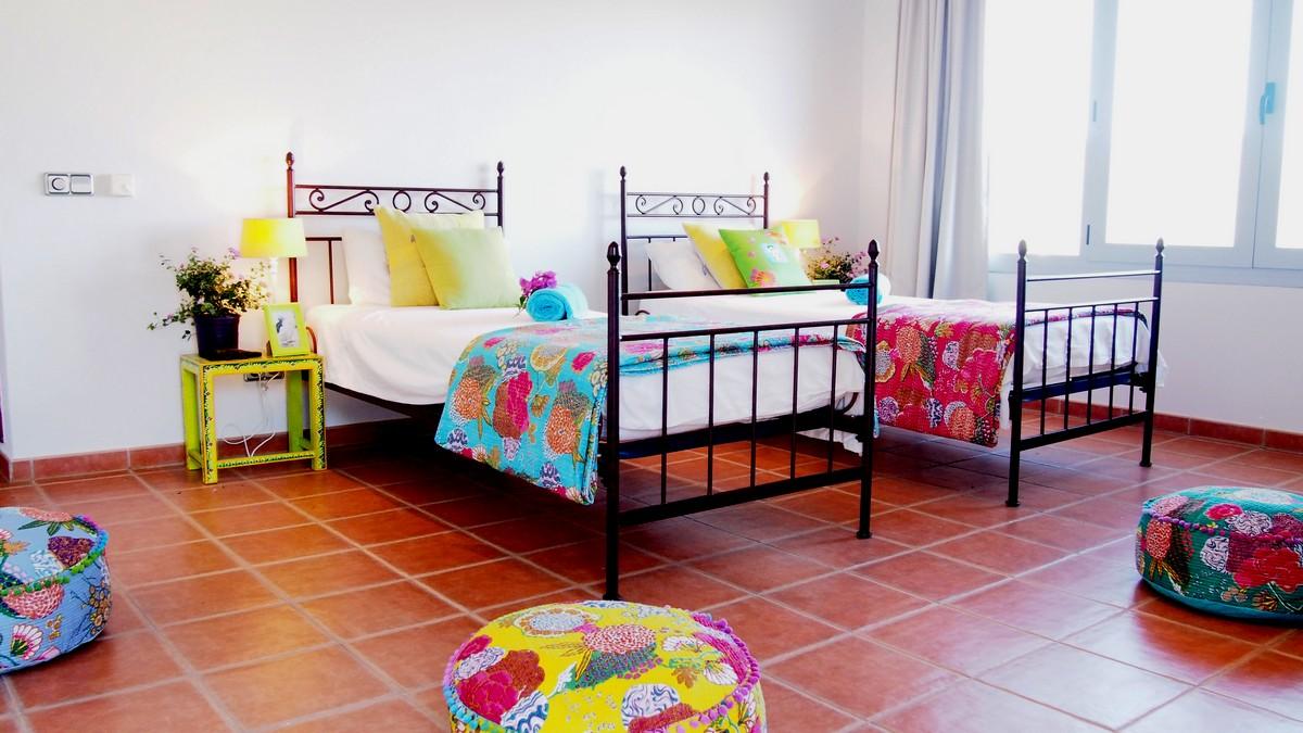 Уютная спальня дома в аренду в Сан Карлос