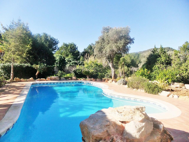 Шикарный бассейн дома в аренду рядом с Сан Хосе