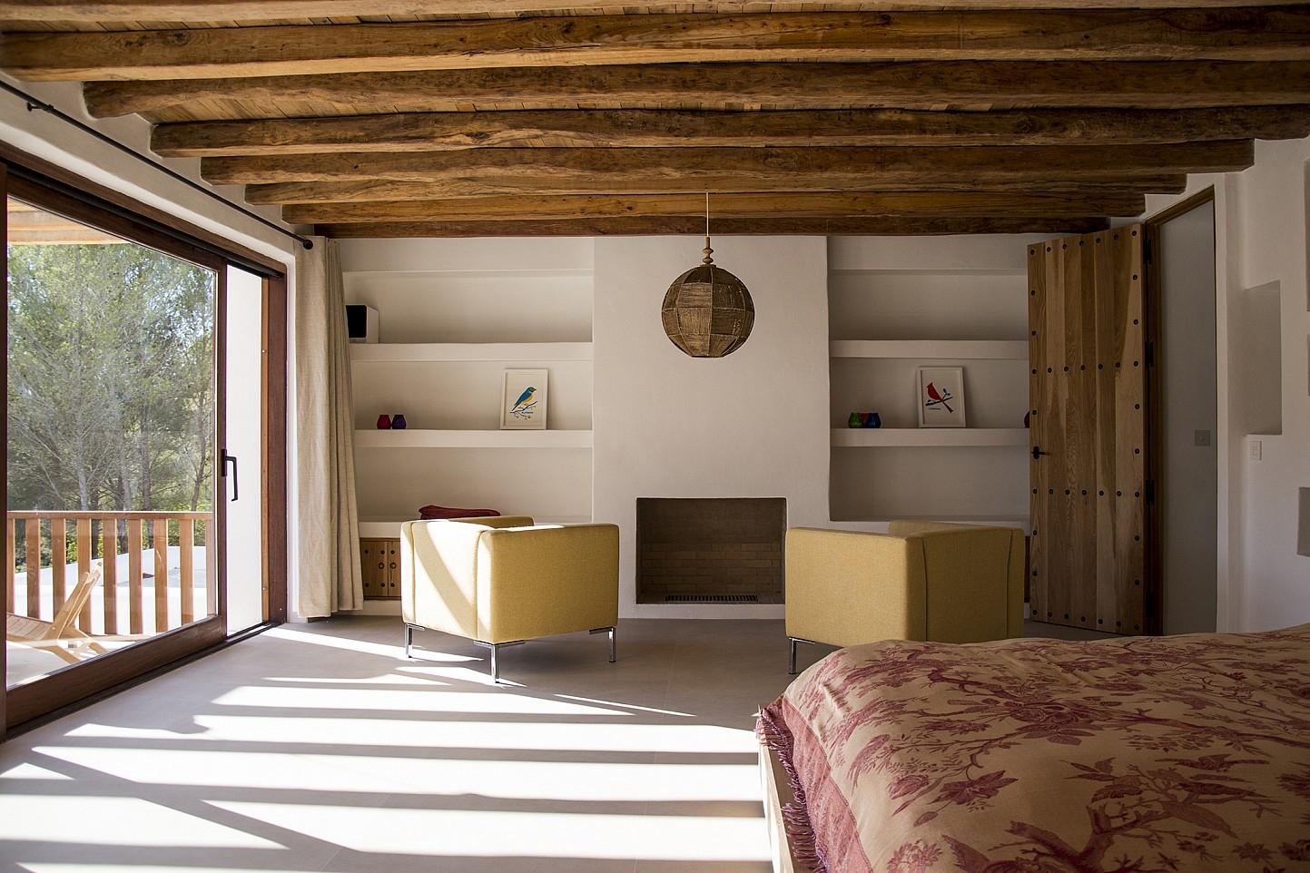 Роскошная спальня виллы в аренду в Сан Рафаэль