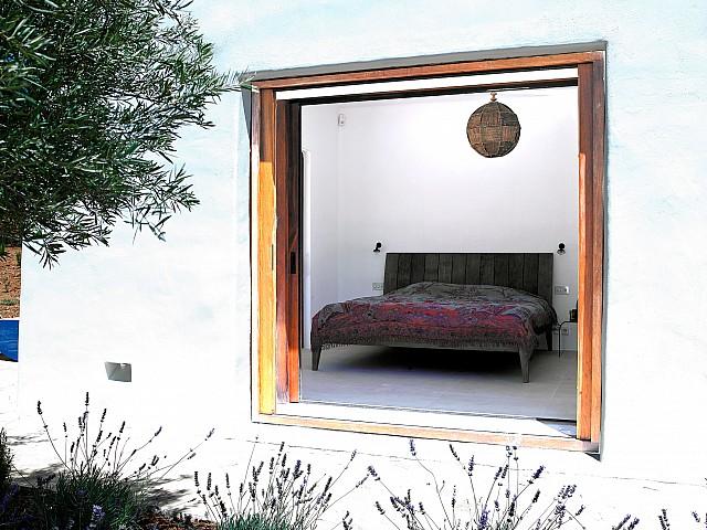 Dormitori 2 amb accés a l'exterior